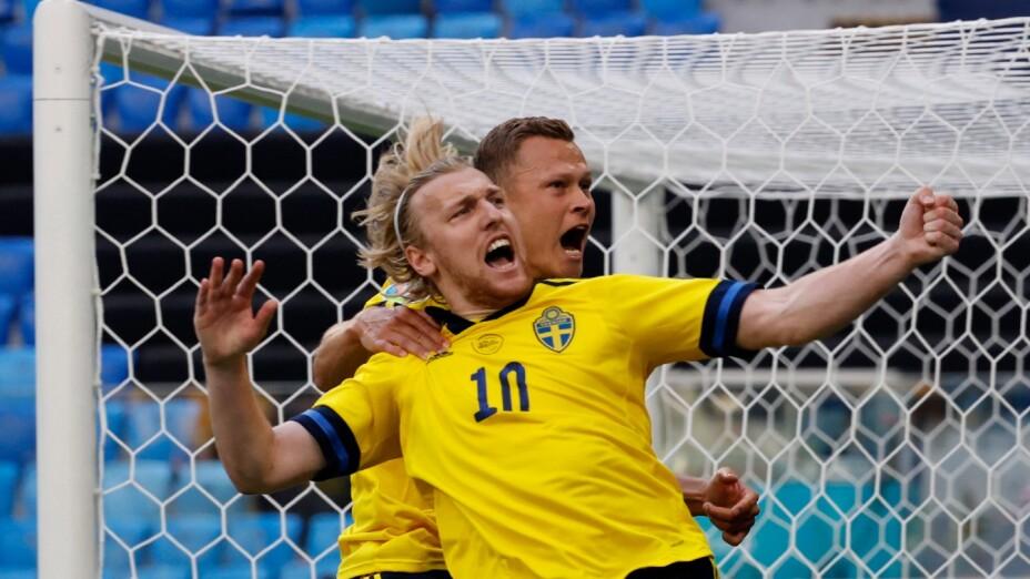 Emil Forsberg celebra un gol en la Euro 2020