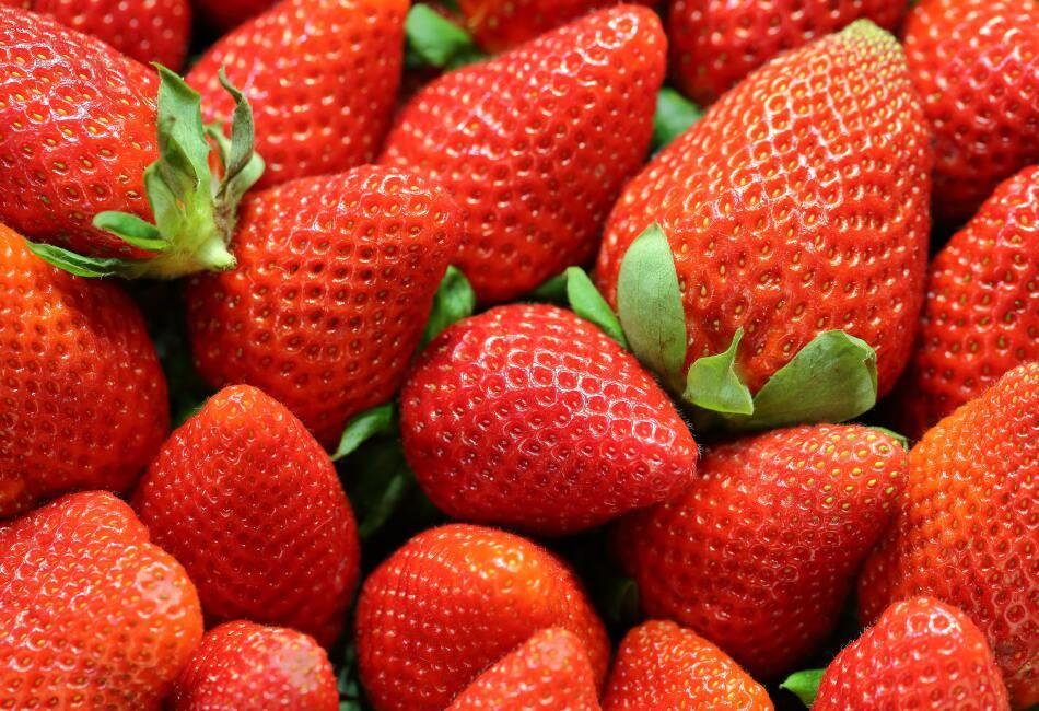 Fresas. Las fresas y algunos frutos rojos como los arándanos ayudan a mejorar nuestra circulación.