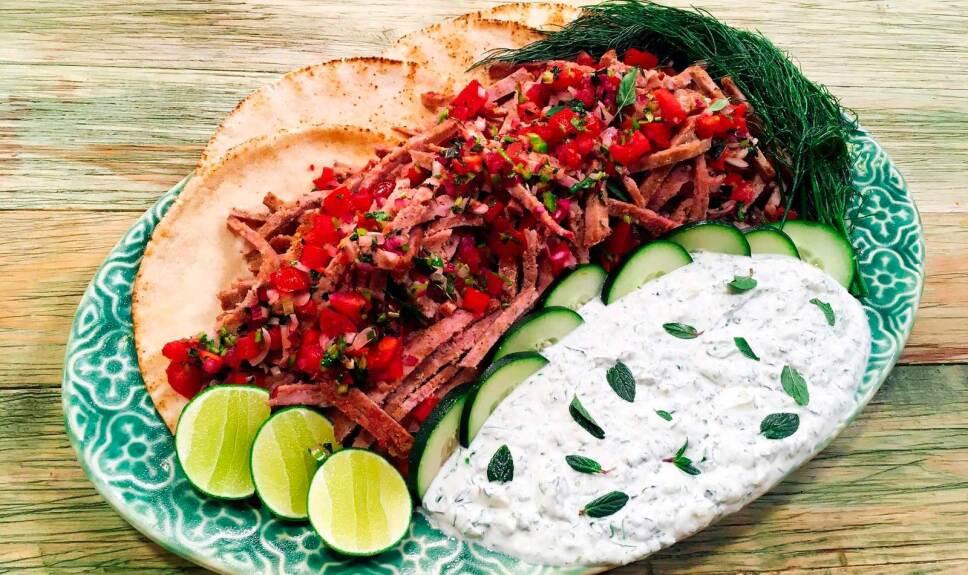 Receta Tacos griegos Cocineros Mexicanos
