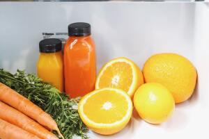 ¿Cómo guardar la comida en el refrigerador, congelador y alacena?