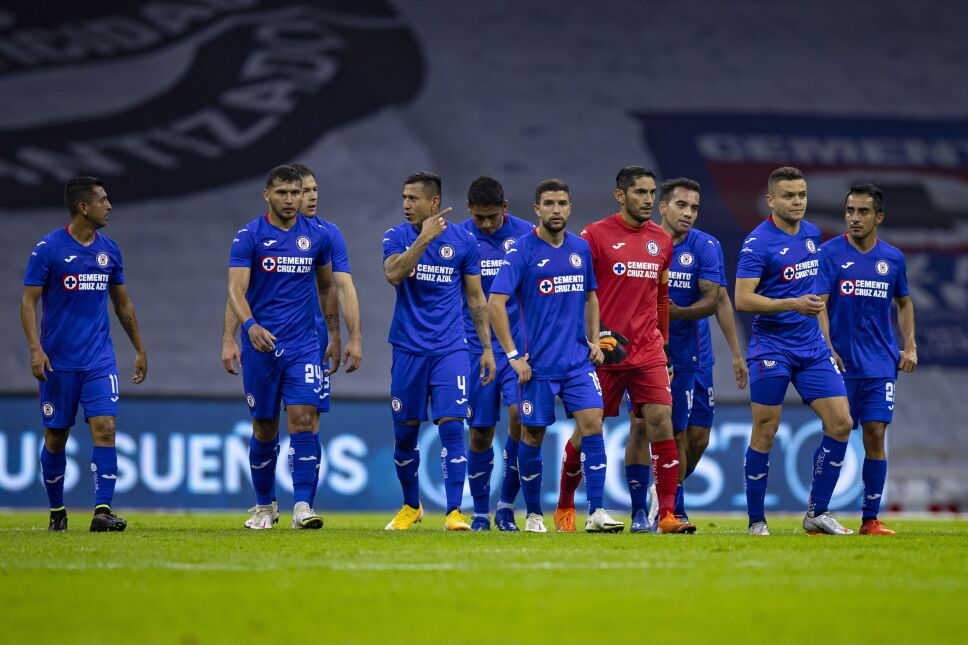 Elías Hernández saldría de Cruz Azul y llegaría cedido a Chivas para el próximo torneo