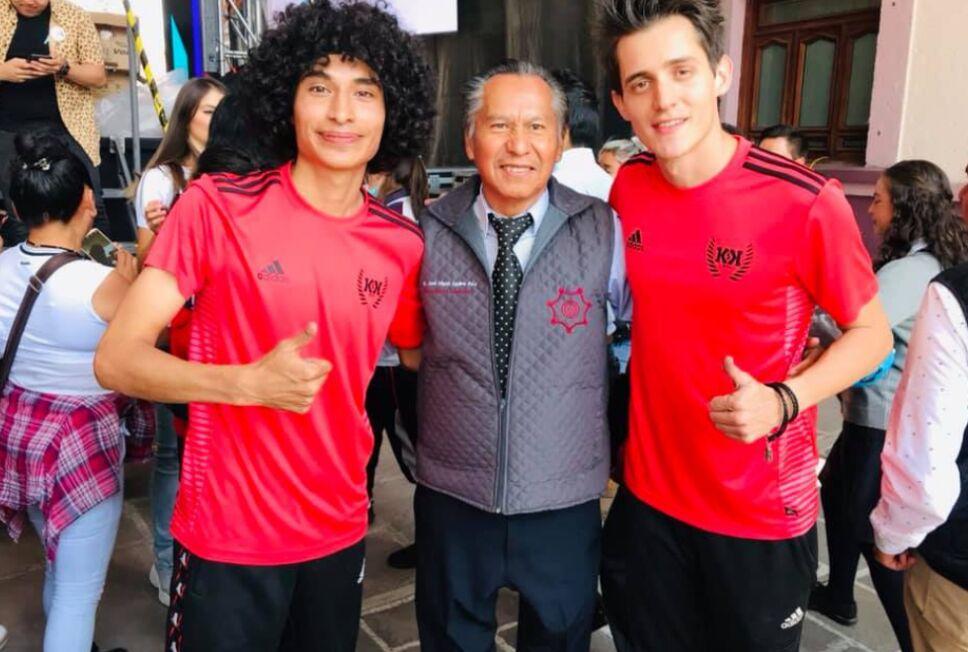 Dr. José Miguel Aguirre Ruíz con Gio y Cero de Ksk
