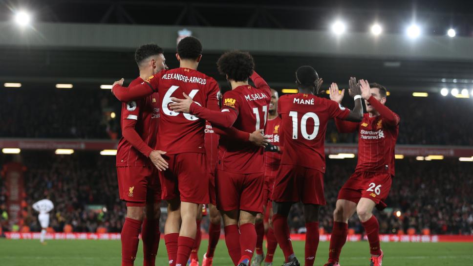 Liverpool remonta al  West Ham y da un paso más al título en la Premier League
