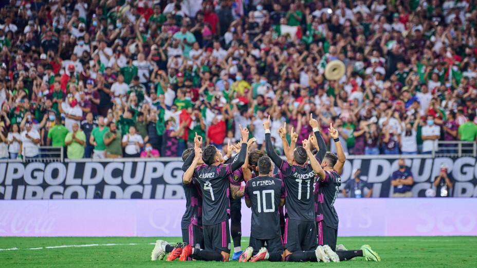FIFA reduce castigo a Selección Mexicana.