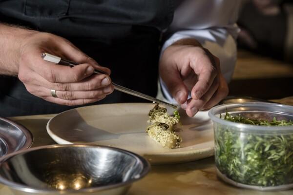 manos cocinero (2).jpg