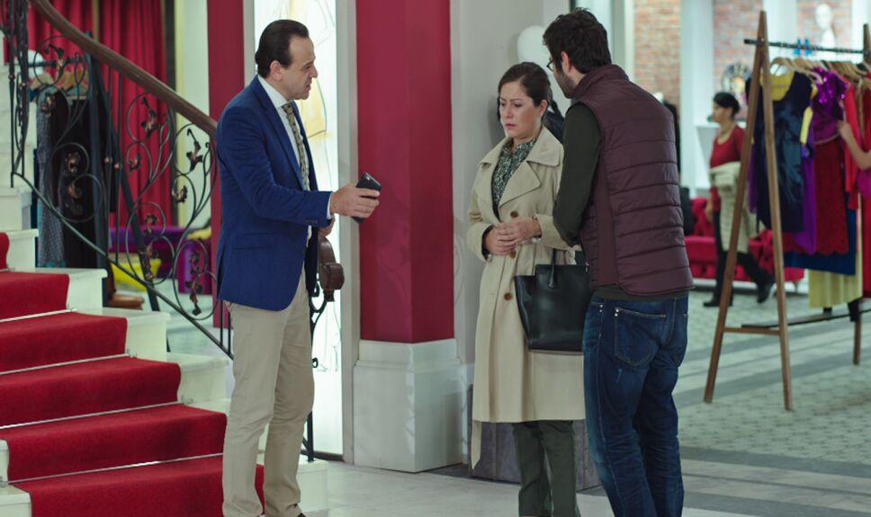 Nilufer le confiesa a Halis que Sarp es su hijo