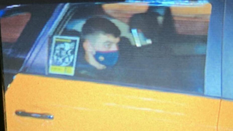 Pedri se fue en taxi del Camp Nou