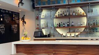 La barra de Monkey Bar en Hotel Matilda