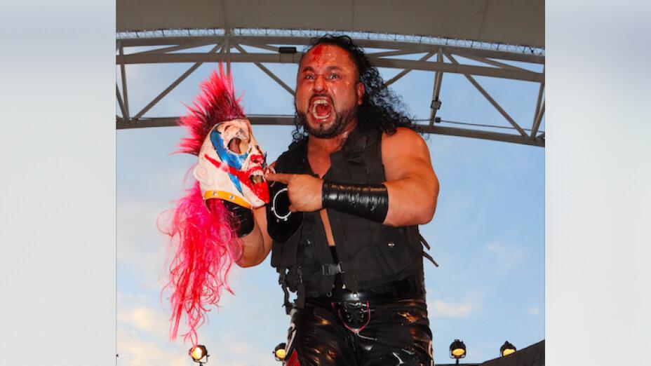 Rey Escorpión vs Psycho Clown lucha libre AAA Triplemanía