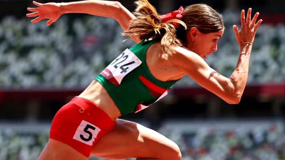 Paola Morán corre los 400m en Tokyo 2020