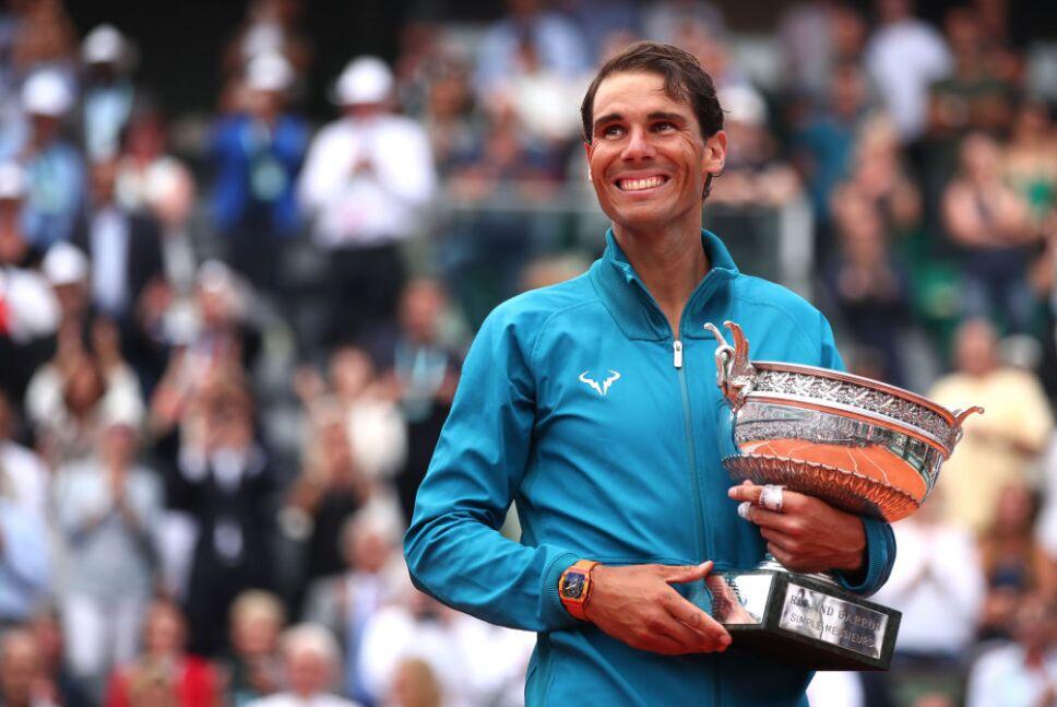 Rafael Nadal está cerca de Roger Federer
