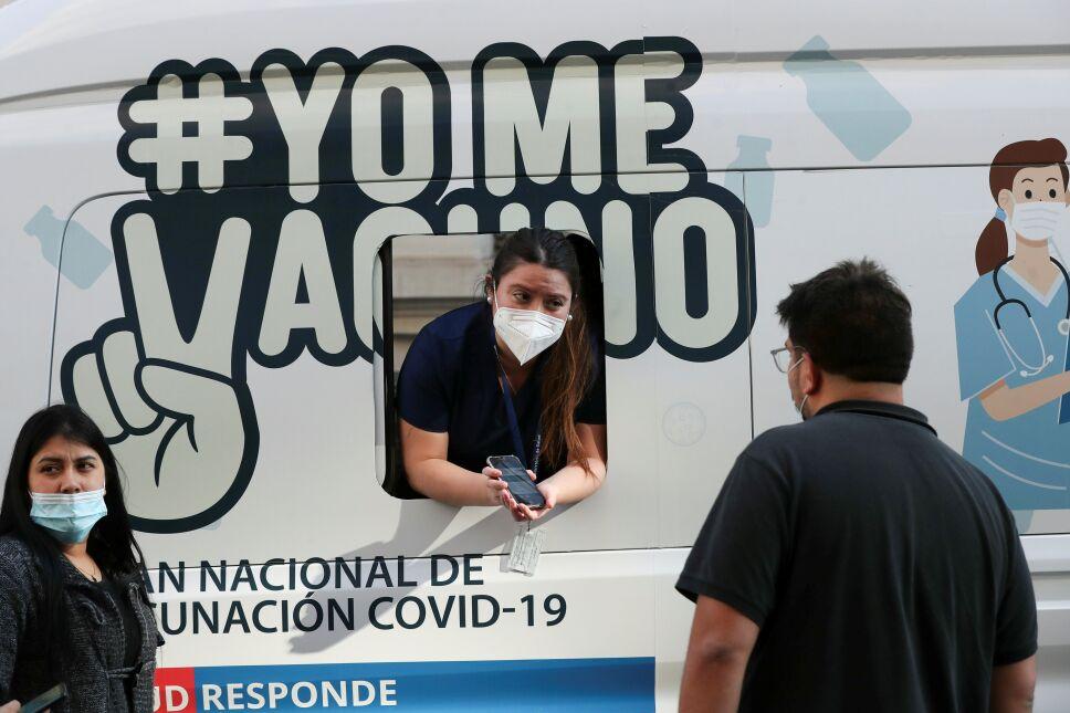 """Entra en vigor """"Pase de movilidad"""" en Chile"""