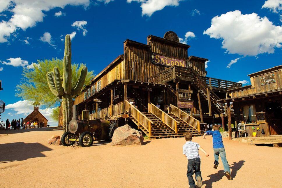 que hacer en arizona de viaje entre fantasmas y pueblos mineros