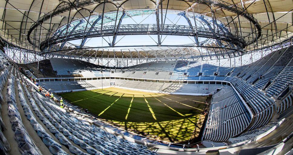 Trabajadores Rusos afinan últimos detalles a cuatro días del inicio del Mundial / Foto: Especial
