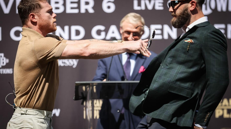 Saúl Canelo Álvarez pelea Caleb Plant conferencia