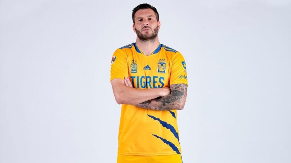 Gignac, con el nuevo uniforme de Tigres