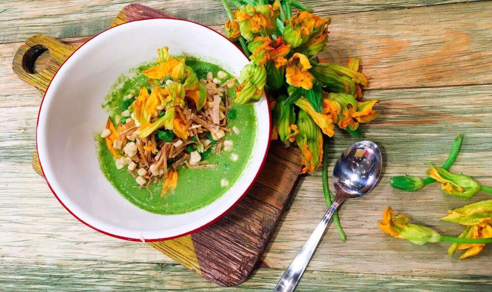 Receta Sopa verde de milpa Cocineros Mexicanos