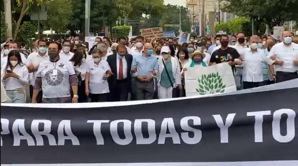 Marcha pro los hermanos González en Guadalajara 2.JPG
