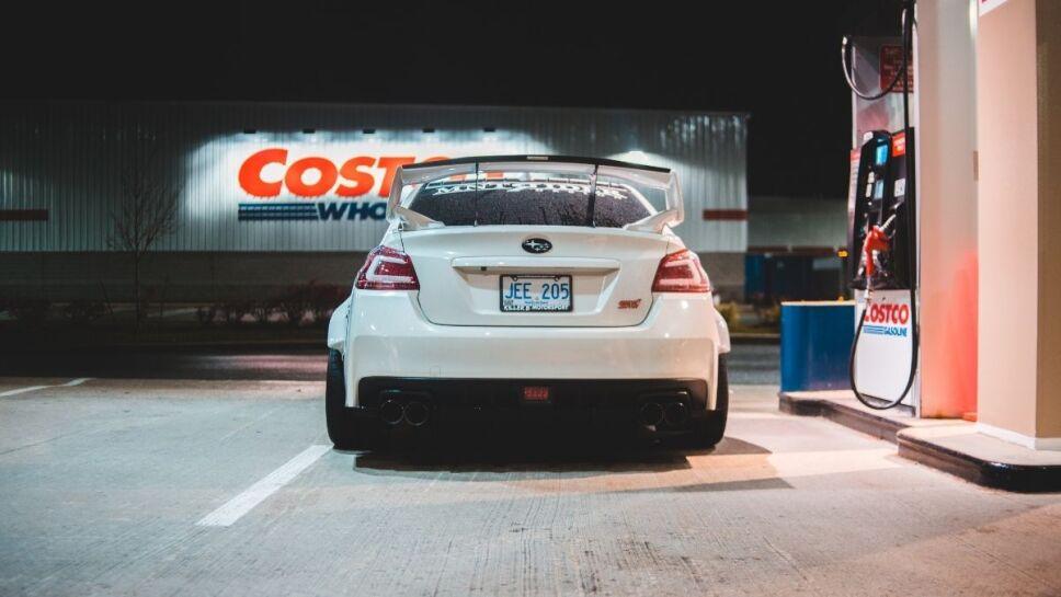 poca gasolina, carro b.jpg