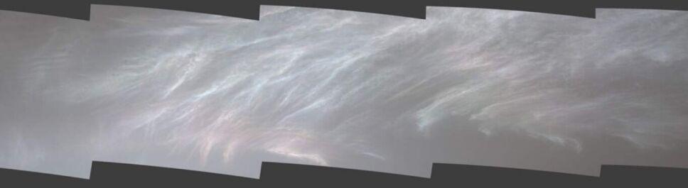 Curiosity, nubes, Marte b.jpg