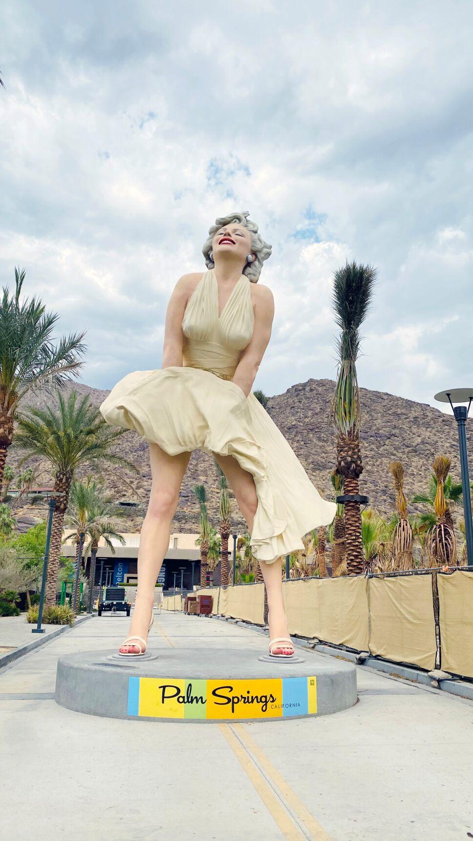Marilyn Monroe regresó a Palm Springs en California.
