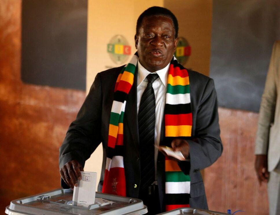 zimbabue presidente3