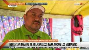Remeros de Xochimilco están obligados a portar chalecos salvavidas
