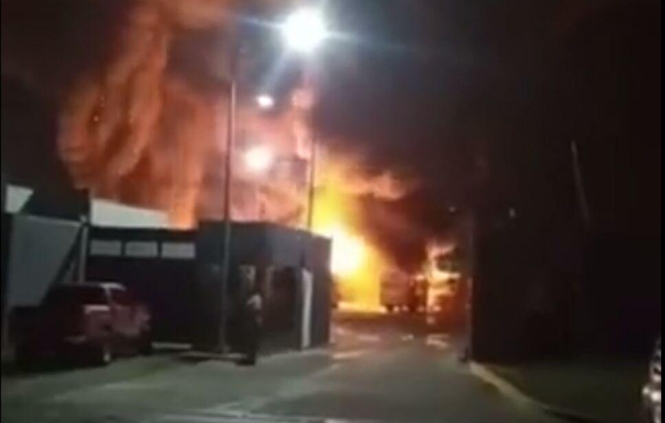 incendio-ciudad-valles1.jpg