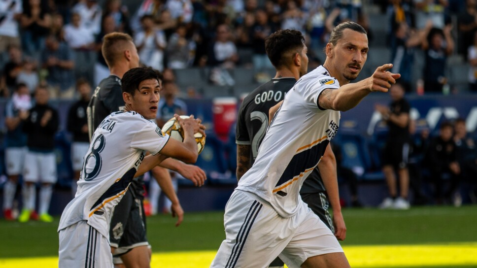 Vancouver Whitecaps FC v Los Angeles Galaxy