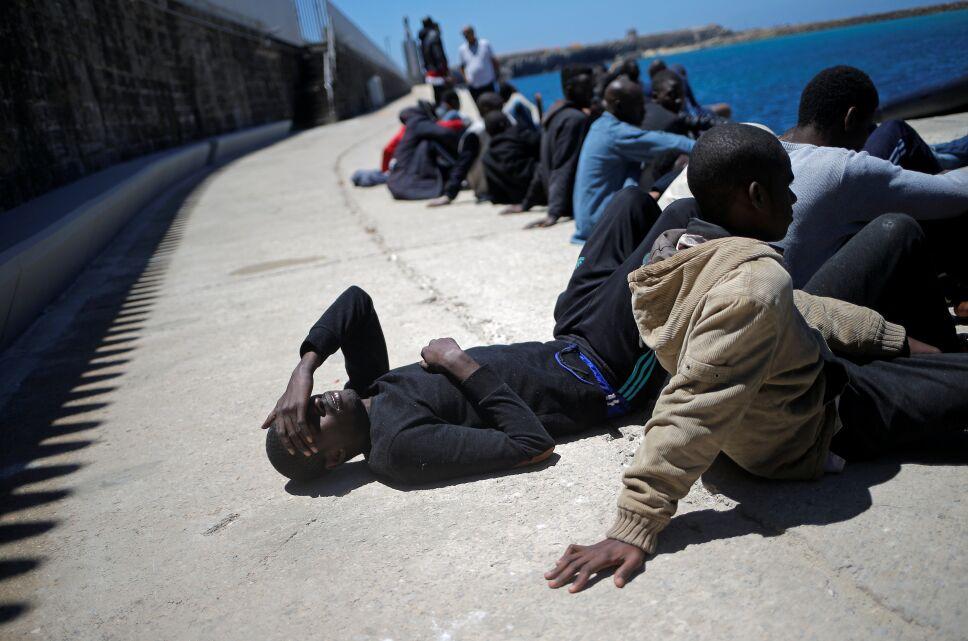 Migrantes africanos llegan a España