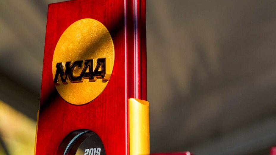 El top 15 de la División I de la NCAA al final de cada temporada tendrá acceso a las giras del PGA TOUR