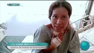 Ana María logra sobrevivir tras ser atacada por su exmarido en plena audiencia en #Tabasco.