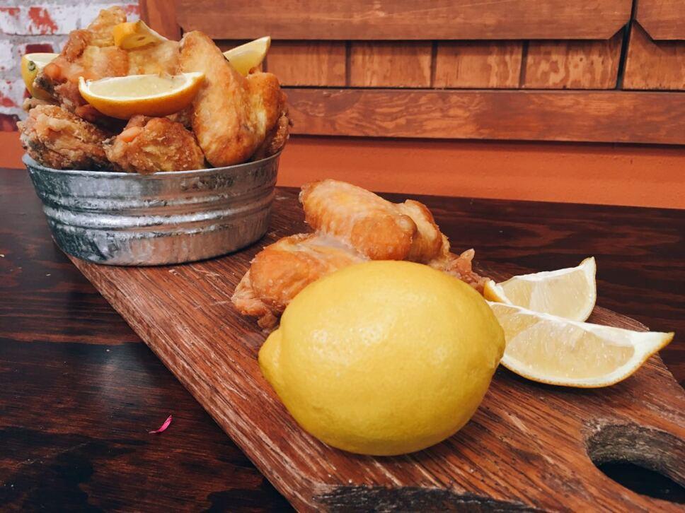 Alitas al limón, cocineros mexicanos