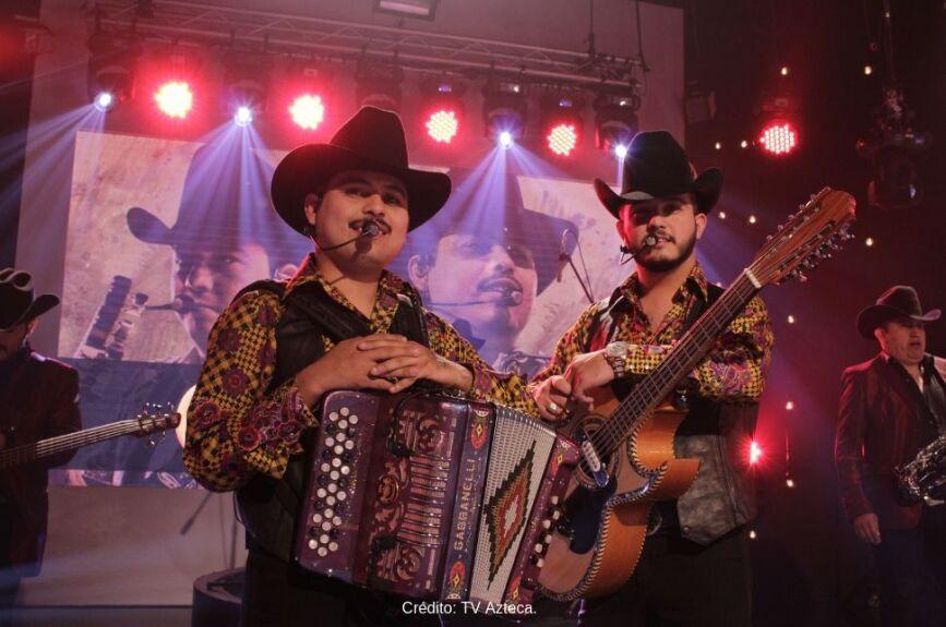 En 2015 se formó el nuevo dueto Carlos y Jose Jr.