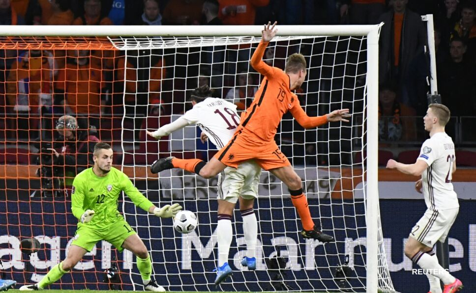 Holanda vs Letonia