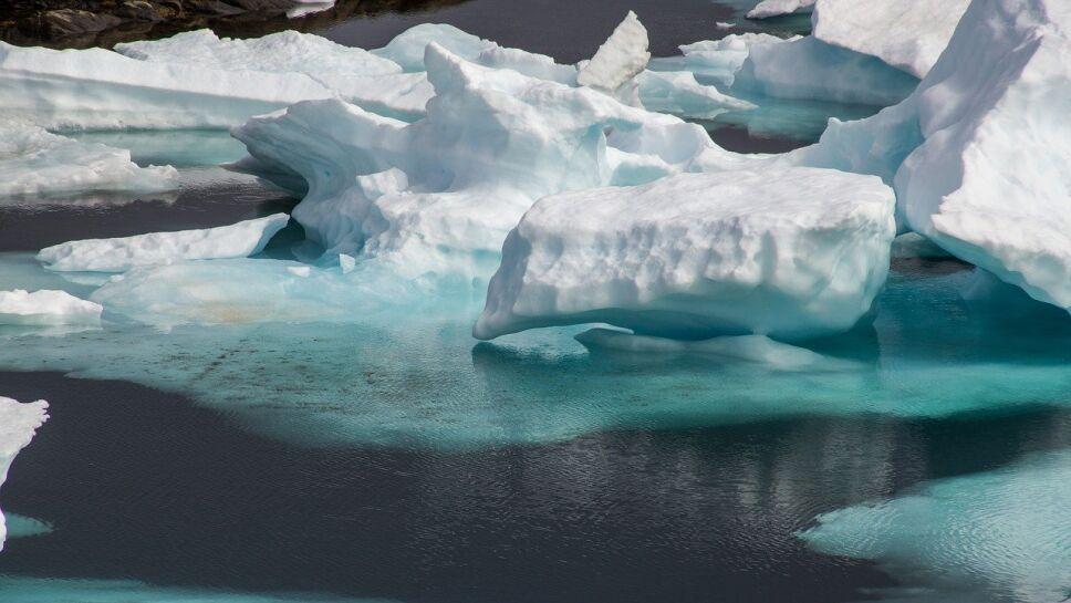 Cambio climático, eje de la Tierra b.jpg