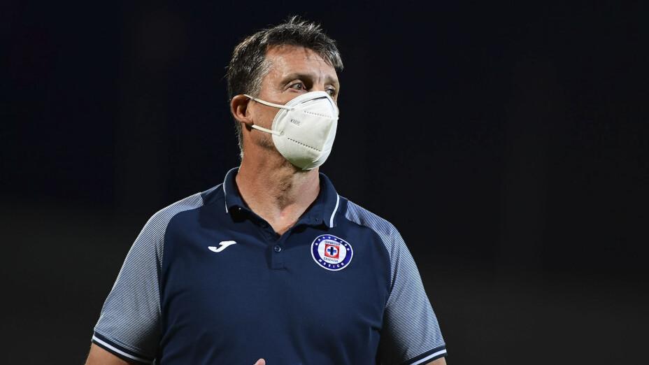 Robert Dante Siboldi, el entrenador de Cruz Azul, optó por ocultar el funcionamiento del equipo en el torneo de pretemporada Copa por México.